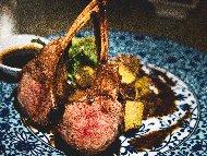 Рецепта Печени агнешки ребърца (котлети) с марината от зехтин, чесън, мащерка, розмарин и босилек на скара
